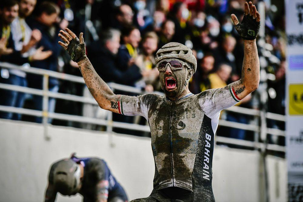 Paris-Roubaix: Colbrelli out of hell